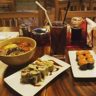 Foto - Makanan di Sushi Bar oleh Wina M. Fitria