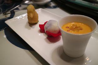 Foto 6 - Makanan di Li Feng - Mandarin Oriental Hotel oleh liviacwijaya