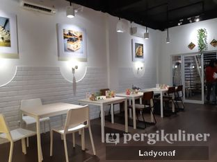 Foto 8 - Interior di Mary's Pastry Lab oleh Ladyonaf @placetogoandeat