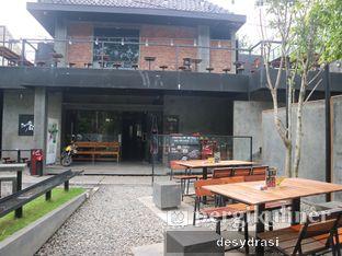 Foto 4 - Interior di Four Play Cafe & Resto oleh Desy Mustika