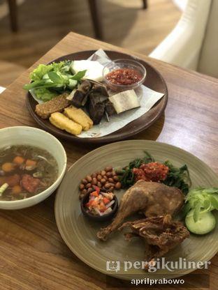 Foto 1 - Makanan(Bebek & Iga) di Sate Khas Senayan oleh Cubi
