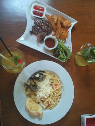 Foto 4 - Makanan di The Stone Cafe oleh Trias Yuliana