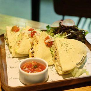 Foto review Ambrogio Patisserie oleh Food Mailer 2