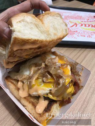 Foto 5 - Makanan di Smack Burger oleh Icong