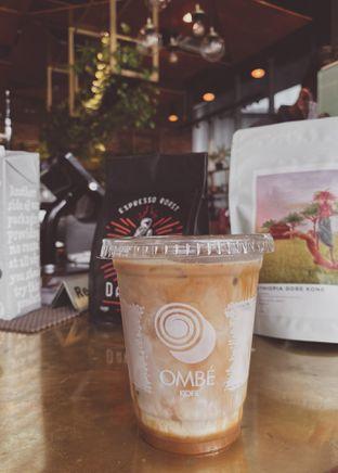 Foto 1 - Makanan(Ombe Iced Coffee) di Ombe Kofie oleh Richie Niclaus