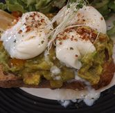 Foto Smashed avocados di Common Grounds