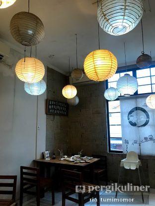 Foto 8 - Interior di Umaku Sushi oleh riamrt