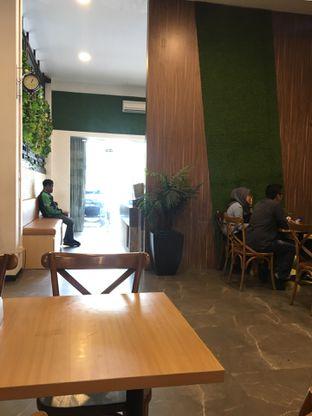 Foto 5 - Interior di Salad Bar by Hadi Kitchen oleh Jeljel