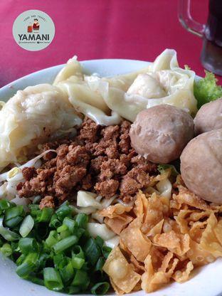 Foto - Makanan(Bakmi Lebar Pangsit Bakso) di Mie PanPan oleh awakmutukangmakan