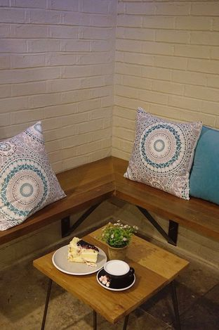 Foto 4 - Interior di Stillwater Coffee & Co oleh yudistira ishak abrar