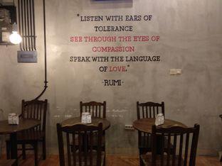 Foto 4 - Interior di Diskusi Kopi dan Ruang Berbagi oleh Eunice