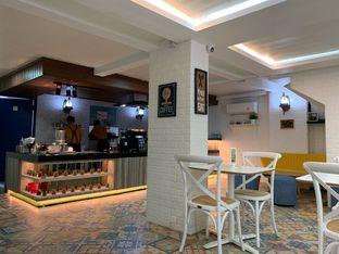 Foto 4 - Interior di Dapurempa Resto n Coffee oleh shasha