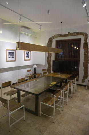 Foto 24 - Interior di Artivator Cafe oleh yudistira ishak abrar