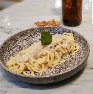 Foto 1 - Makanan di Phos Coffee & Eatery oleh heiyika