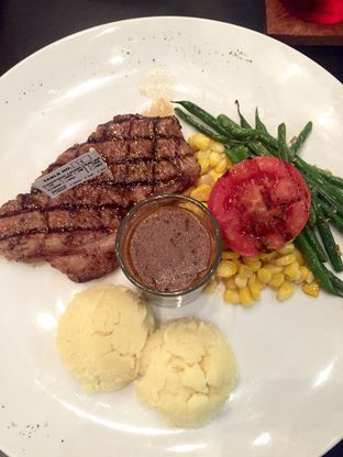 Foto review Justus Steakhouse oleh Isa Sugiharto 1