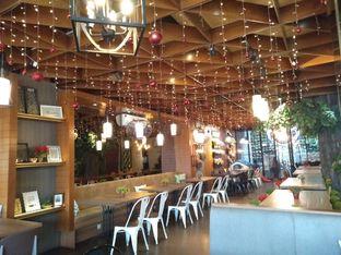 Foto 10 - Interior di De Cafe Rooftop Garden oleh yeli nurlena
