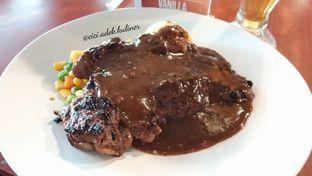 Foto 2 - Makanan di Joni Steak oleh Jenny (@cici.adek.kuliner)