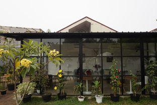 Foto 10 - Eksterior di Semusim Coffee Garden oleh yudistira ishak abrar