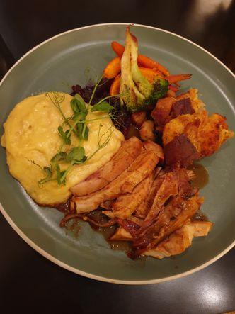 Foto Makanan di Benedict