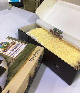 Foto 12 - Makanan di Lapis Bogor Sangkuriang oleh Prido ZH