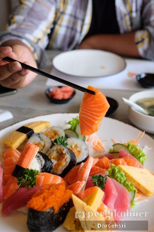 Foto 1 - Makanan di Sushi Itoph oleh Darsehsri Handayani