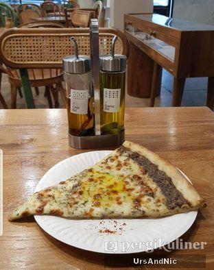 Foto 2 - Makanan di Sliced Pizzeria oleh UrsAndNic