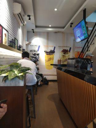 Foto 2 - Interior di Chatime oleh deasy foodie