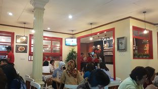 Foto 2 - Interior di Mlinjo Cafe & Resto oleh aguswinsort