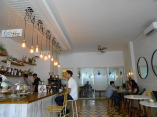 Foto review Pigeon Hole Coffee oleh Olivia @foodsid 3