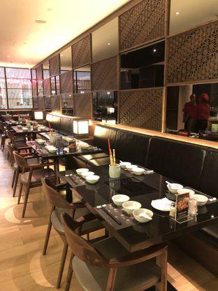 Foto 9 - Interior di Momo Paradise oleh feedthecat