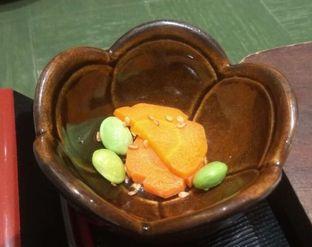 Foto 2 - Makanan(Chicken Katsudon Set (IDR 55k)) di Kimukatsu oleh Renodaneswara @caesarinodswr