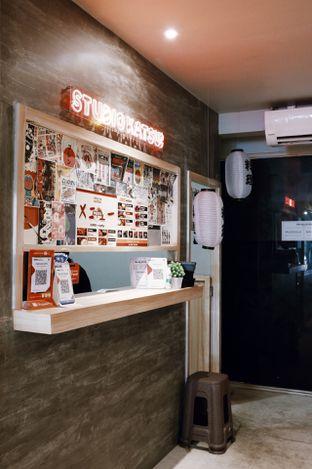 Foto 10 - Interior di Studio Katsu oleh Della Ayu