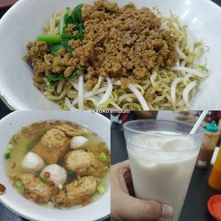 Foto 4 - Makanan di Bakmi Aliang Gg. 14 oleh Chris Tan