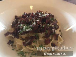 Foto review Union oleh Monica Sales 1