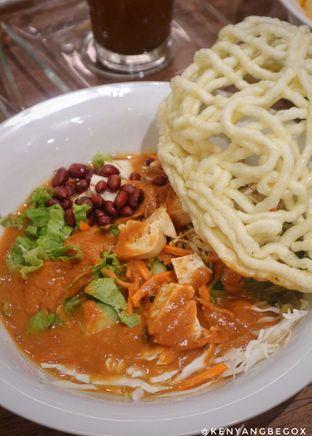 Foto 6 - Makanan di Kafe Betawi First oleh Vionna & Tommy