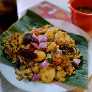 Foto 2 - Makanan di Kwetiau Arang Sister oleh om doyanjajan