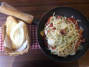Foto 1 - Makanan di Spago Boulangerie Cafe oleh Nisanis