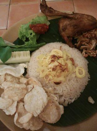 Foto 1 - Makanan di Bon Ami Restaurant & Bakery oleh lady natali
