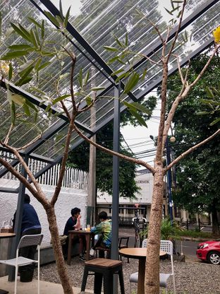 Foto 7 - Interior di Kozi Coffee oleh Fadhlur Rohman