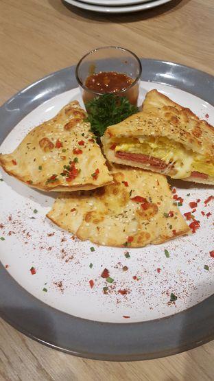 Foto 5 - Makanan di Papa Ron's Pizza oleh Dino Yuliarto