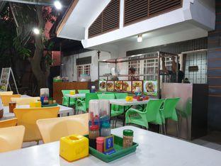 Foto 4 - Interior di Bakmie Halleluya oleh Ken @bigtummy_culinary