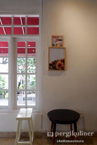 Foto 2 - Interior di DnA Coffee & Eatery oleh Shella Anastasia