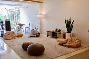 Foto 9 - Interior di Aiko Coffee oleh yudistira ishak abrar