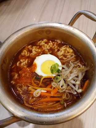 Foto 3 - Makanan di Chingu Korean Fan Cafe oleh Henie Herliani