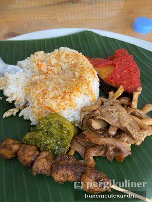 Foto review Rumah Makan Padang Vegetarian VG 70 oleh Francine Alexandra 2