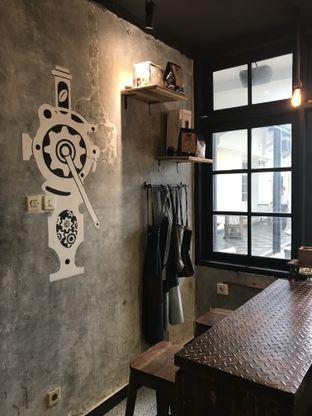 Foto 2 - Interior di Watt Coffee oleh @jakartafoodvlogger Allfreed