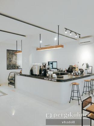 Foto 2 - Interior di Black Campaign Coffee oleh Syifa