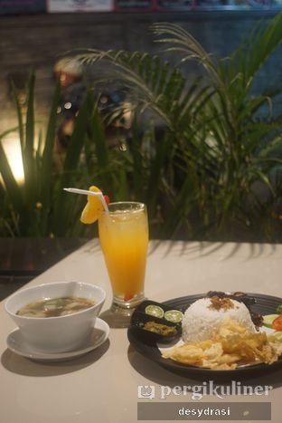 Foto 4 - Makanan di Black Butler Cafe - Hotel Sanira oleh Desy Mustika
