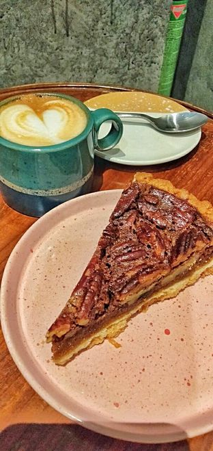 Foto review Conflate Patisserie & Coffee oleh duocicip  8