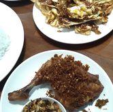 Foto Ayam goreng rempah rawit di Sambal Khas Karmila